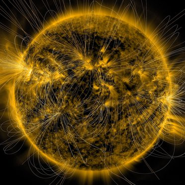 Sun-magnetic_field_lines